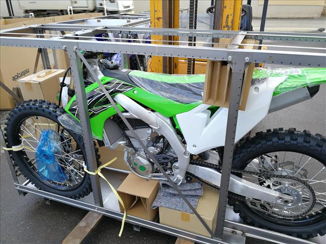 emxtrade kawasaki motocross motos de cross en caisse neuves kxf450 2019. Black Bedroom Furniture Sets. Home Design Ideas